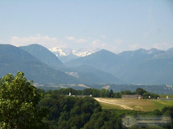 The Pyrenean Views