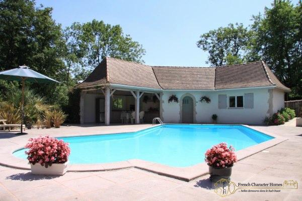The Pool & Summer Kitchen