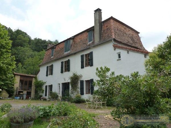 The Bearnaise House