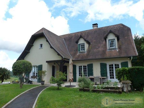 The Béarnaise House