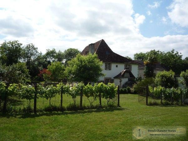 The Farmhouse & Gardens
