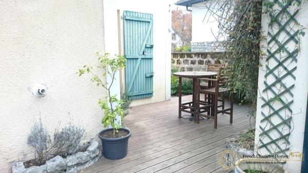 The Outdoor Terrace
