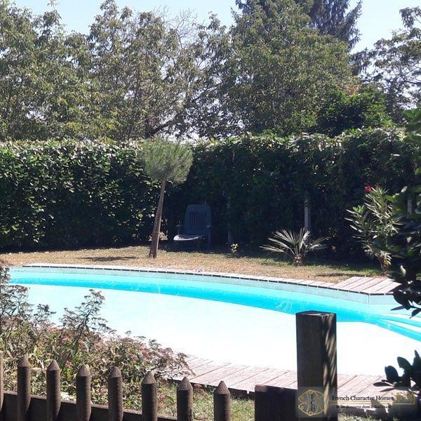 Mansion Pools Close Up: Village Maison De Maître With Pool Close To Navarrenx