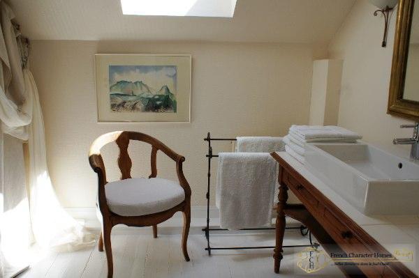 En-Suite Bedroom 7